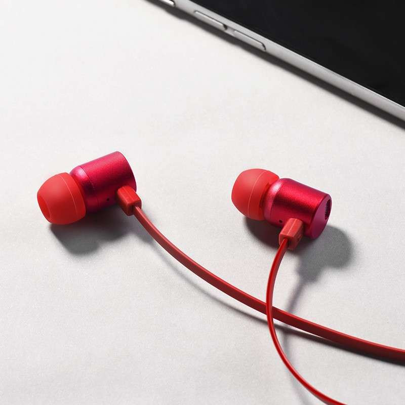 hoco. M33 earphones