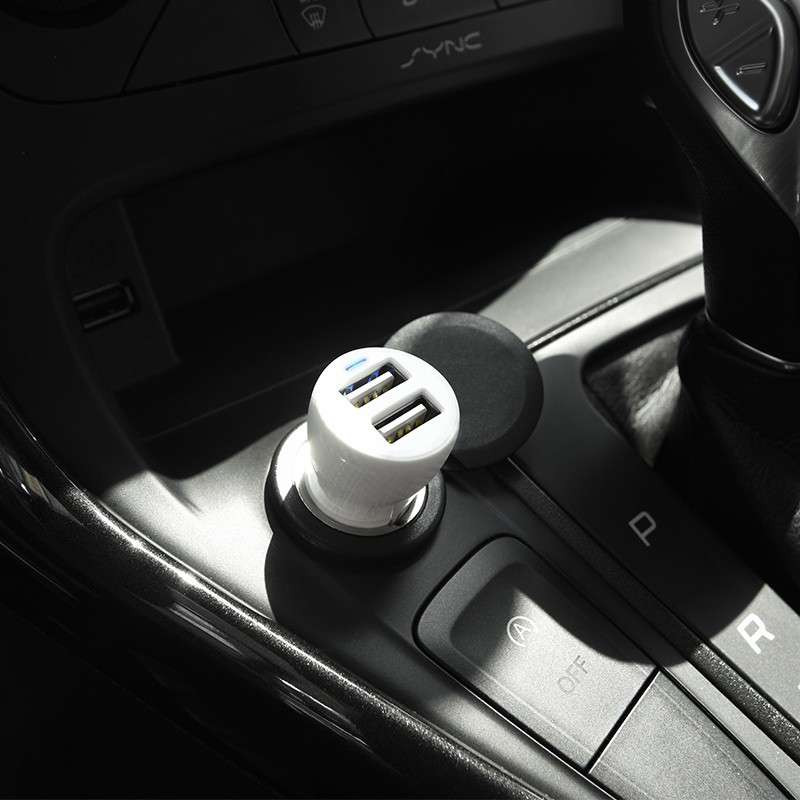 Original hoco. Z21 dual USB car charger black, white, blue