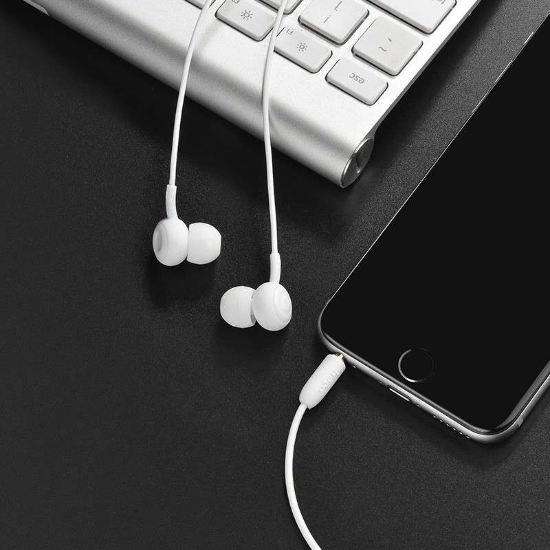 hoco. M24 earphones