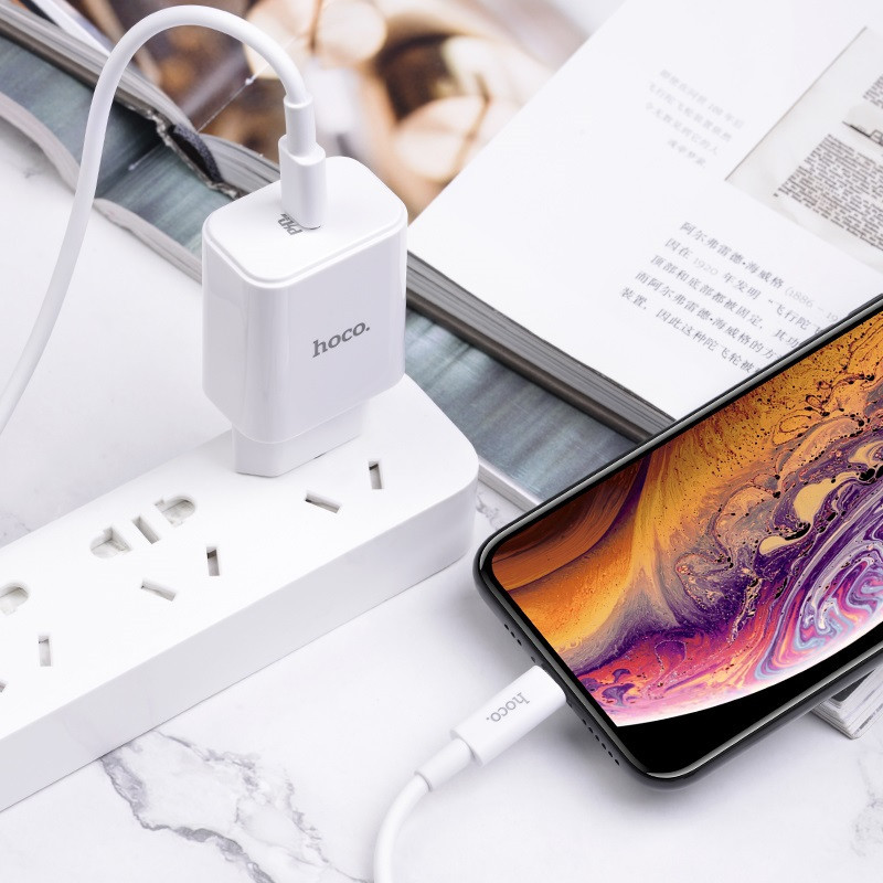 Original hoco. C71A 18W fast charging set with lightning cable