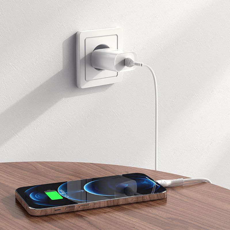 Original hoco. N14 20W PD fast charger white
